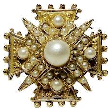 ART Imitation Pearl Encrusted Maltese Cross Petite Brooch