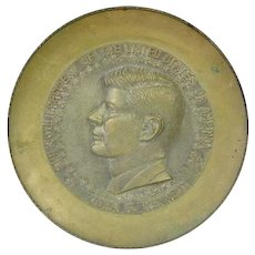 Commemorative Brass & Bronze President John F Kennedy Wall Plaque Plate 1960's.