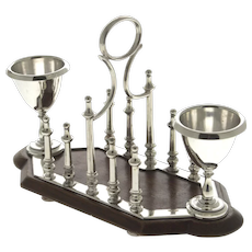 English Silver Plated 5 Bar Toast Rack with Egg Cups, Early 20th Century.