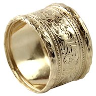 14 Karat Yellow Gold Band Ring.