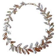 Fresh water cultured pearl necklace with 18 K gold clasp