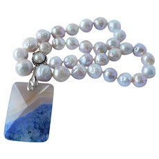 Silver gray cultured crinkle pearl necklace with agate pendent