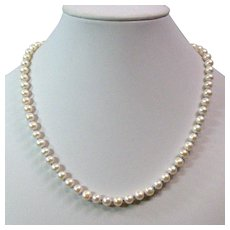 Fresh water cultured pearl necklace with sterling silver clasp