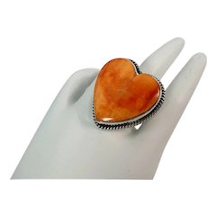 Signed Celine Yazzie sterling silver and spiny oyster heart shaped ring