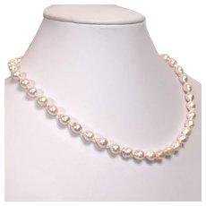 Akoya cultured salt water pearl necklace