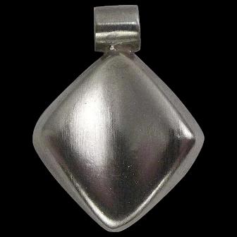 d'escorcia Taxco Sterling Diamond Shaped Pendant