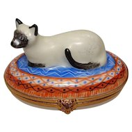 Artoria Limoges France Hand Painted Cat Porcelain Pill Box