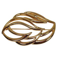 Monet Leaf Form Gold Tone Pin or Brooch FREE SHIPPING!