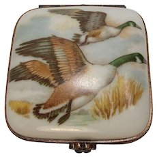 Limoges France Geese Porcelain Pill  Box