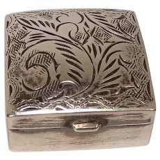 1981 English Sterling Acanthus Pill Box
