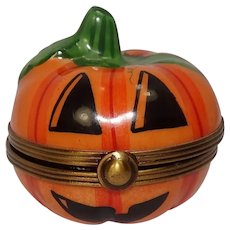 Limoges Rochard Hand Painted Jack O' Lantern Porcelain Pill Box