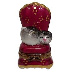 Limoges Rochard Cat in Chair Hand Painted Porcelain Pill Box