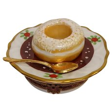 Limoges Rochard Doughnut on a Plate Porcelain Pill Box