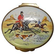 Crummles Equestrian Hunting Themed Enameled Pill Box