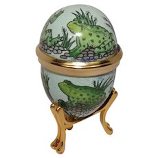 Bilston and Battersea Halcyon Days Frog Enameled Egg Pill Box