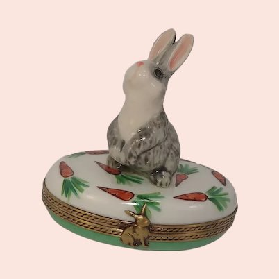 Limoges Hand Painted Rabbit and Carrots Porcelain Pill Box