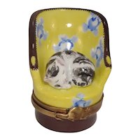 Limoges Cat in Chair Porcelain Pill Box