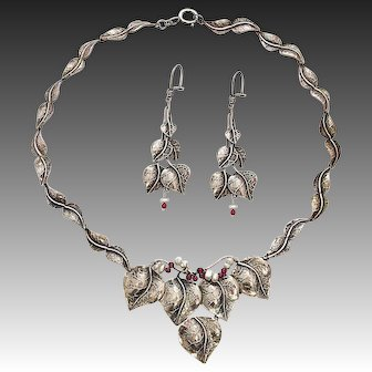 Modernist Sterling Silver Set Necklace and Earrings Leaves Garnet Freshwater Pearls
