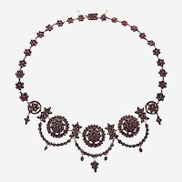 Gorgeous Bohemian Historism Garnet Necklace from c.1850