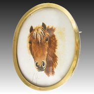 Gorgeous Horse Tempera Painting Miniature Brooch / Pendant,  in 750 / 18 Karat Gold c. 1950