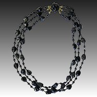Black glass necklace 60s fashion jewelry