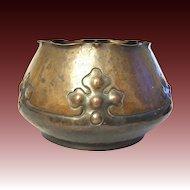Arts and Crafts Copper  flower cache pot handwork rare 1900