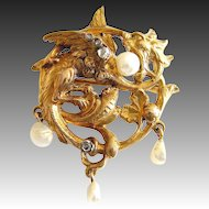Gorgeous Brooch Pendant Cast Chased Gold 14 ct 585 Winged Dragon Chimera Griffin c. 1890 broche Chimere French