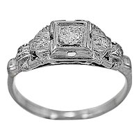 Antique Engagement Ring .15ct. Diamond, Platinum & 18K White Gold - J35603