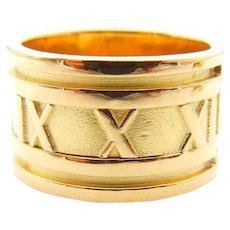 Tiffany & Co Atlas Ring and Hoop earrings in 18K Yellow Gold