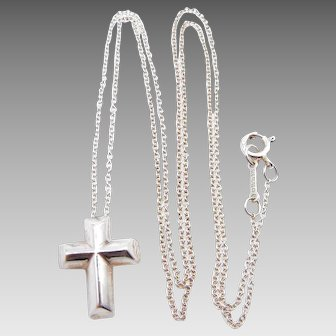 Tiffany & Co. Sterling Silver Paloma Picasso Tenderness Cross Necklace with Original Pouch