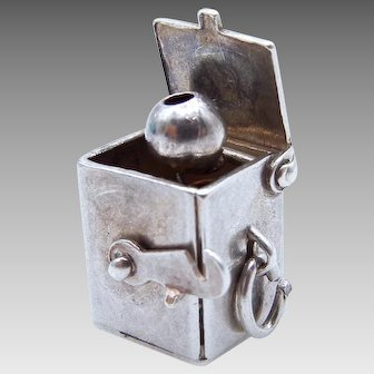 Sterling Silver Moving Jack In The Box Charm