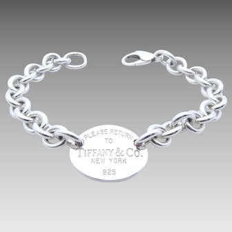 Tiffany & Co Oval Tag Link Bracelet in Sterling Silver