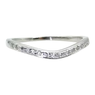 18 Karat White Gold Wavy Diamond Band - Size 4