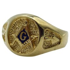 10 Karat Yellow Gold Blue Enamel Masonic Ring - Size 10