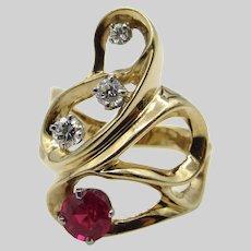 14 Karat Yellow Gold Diamonds and Ruby Ring - Size 6.75