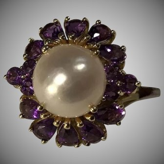 Large Regal 14k Amethyst Mabe Peal Ring