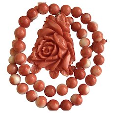 14k Rosa Salmon Momo Carved Coral Pendant Necklace