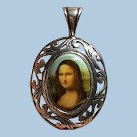 Vintage c.1970s-1980s Oval Porcelain Cameo Filigree JEZLAINE Mona Lisa (925) Sterling Silver Pendant
