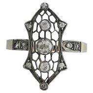 Edwardian 14K White Gold and Diamond Filigree Ring