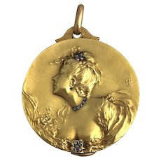 Art Nouveau French 18K Large Locket Female With Diamonds