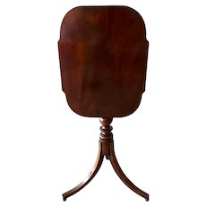 American Mahogany Tilt Top Table c. 1820