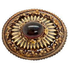 Victorian 10K Gold and Cabachon Garnet Brooch