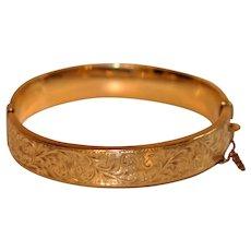 Vintage engraved Gold Bangle Bracelet