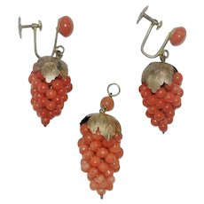 Antique Salmon Coral Pendant/Earrings Grapes