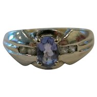 1980' Retro Ring 14k White Gold Ring with Tanzanite purple Stone and Diamond accents    SIZE 7.5    Stamped 14k     3.47g