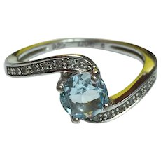 Pretty Ladies Sterling Silver 925 Ring with Light Baby Blue Stone     SIZE 8