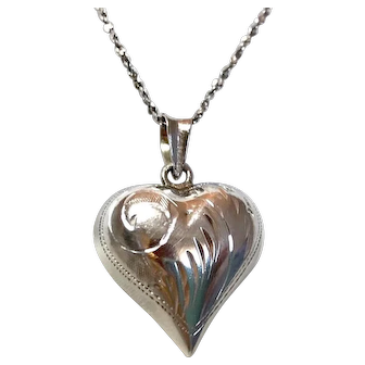 """Sterling Silver 925 Puffy Heart Pendant with 20"""" Diamond Cut S-Chain Necklace      for Ladies or Girls! Lovely"""