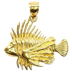Solid 14K Yellow Gold Tropical Fish Pendant/ Charm 4.2 grams