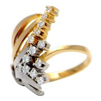 Solid 18K Two-Tone Gold and Genuine Diamond Ring! 9.1 grams
