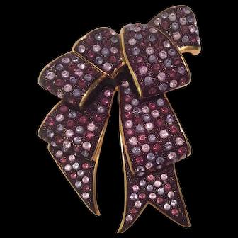 Joan Rivers Bow Pin